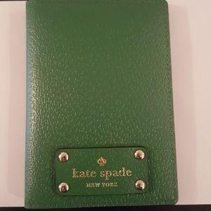 NWOT Green Kate Spade Passport Holder